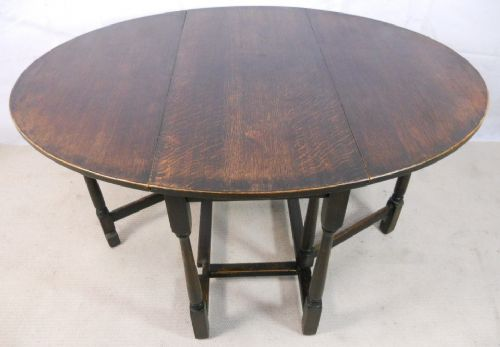 Oak Gateleg Dropleaf Dining Table to Seat Six
